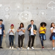 美国大学考试带手机作弊
